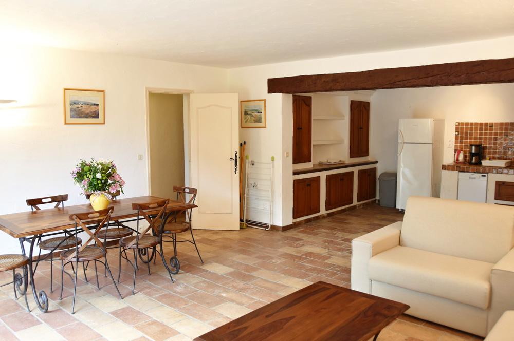 La Rabeaudière 1: woonkamer & Amerikaanse keuken