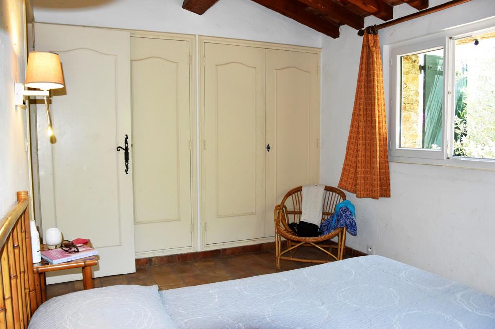 La Rabeaudière 2 : Schlafzimmer 1