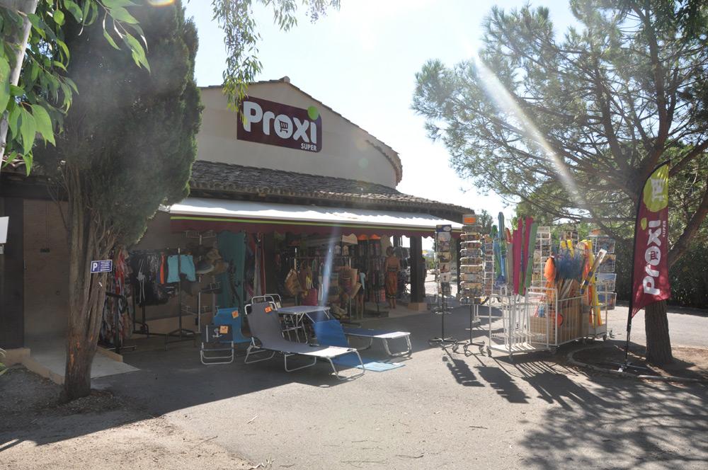 Supermarch du camping de la plage grimaud - Supermarche ouvert autour de moi ...